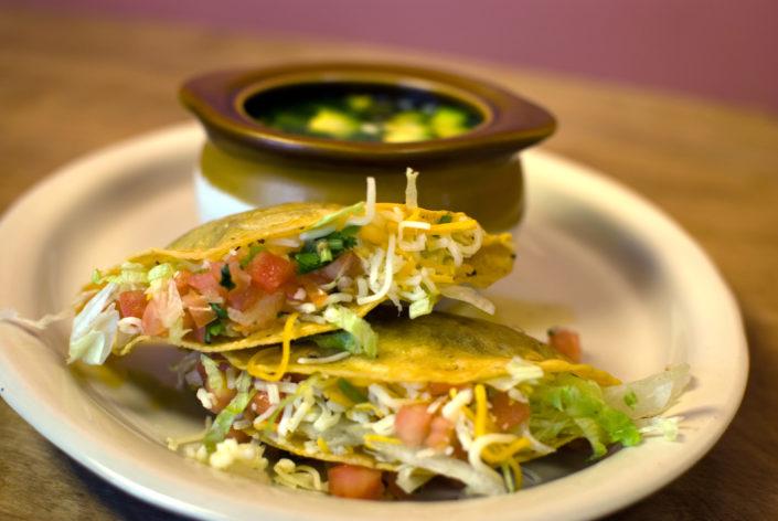 Tacos y Caldo